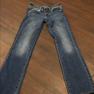 American eagle size 2 long jeans